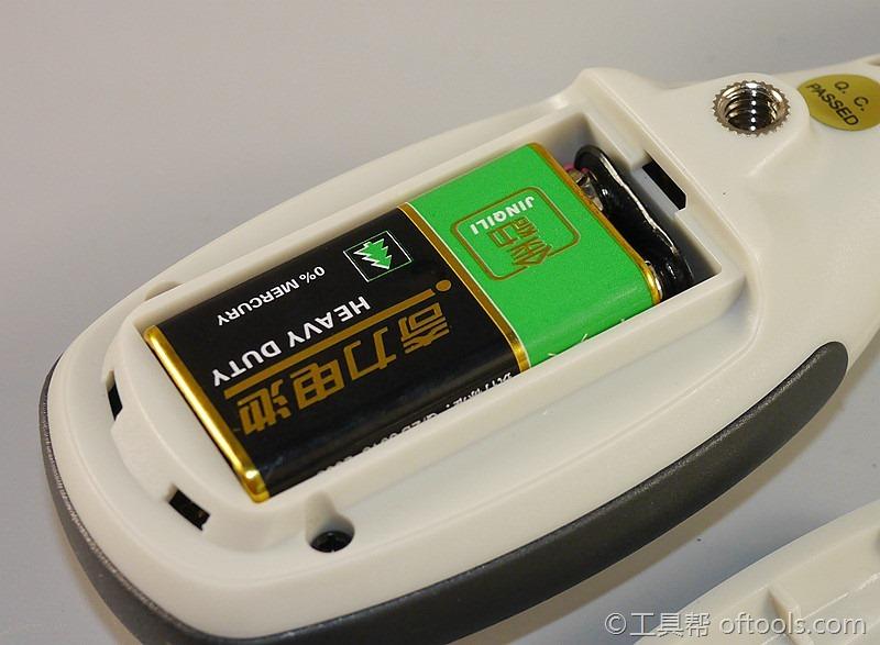 100 CEM DT 85安装电池很局促