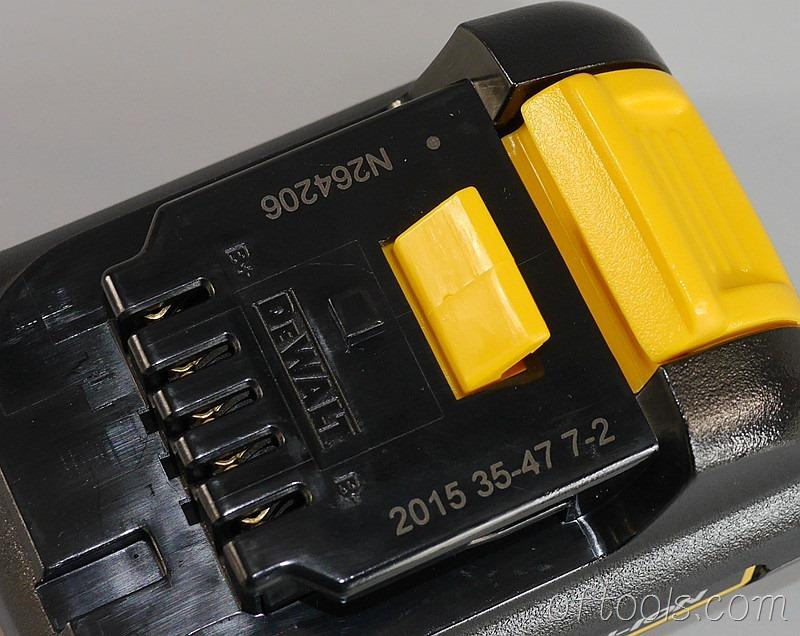 20、得伟(DEWALT)DCD700CK2-A9的电池