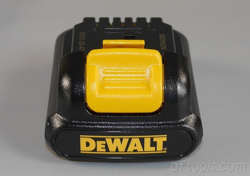 21、得伟(DEWALT)DCD700CK2-A9的电池