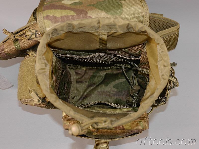 24、主袋内部做了两个网兜