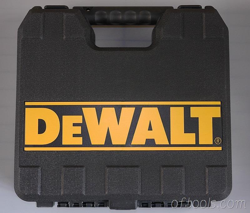 4、得伟(DEWALT)DCD700CK2-A9工具箱