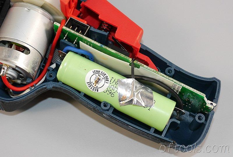 8、博世(BOSCH) GSR BitDrive 左轮起子机使用三星电池