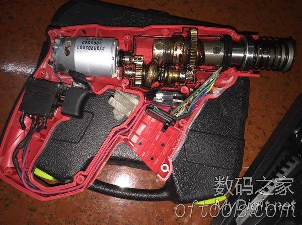 大有1702锂电锤拆机图1