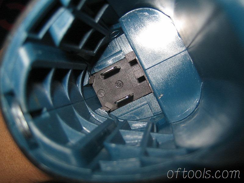 19、博世GDR10.8 的电池仓
