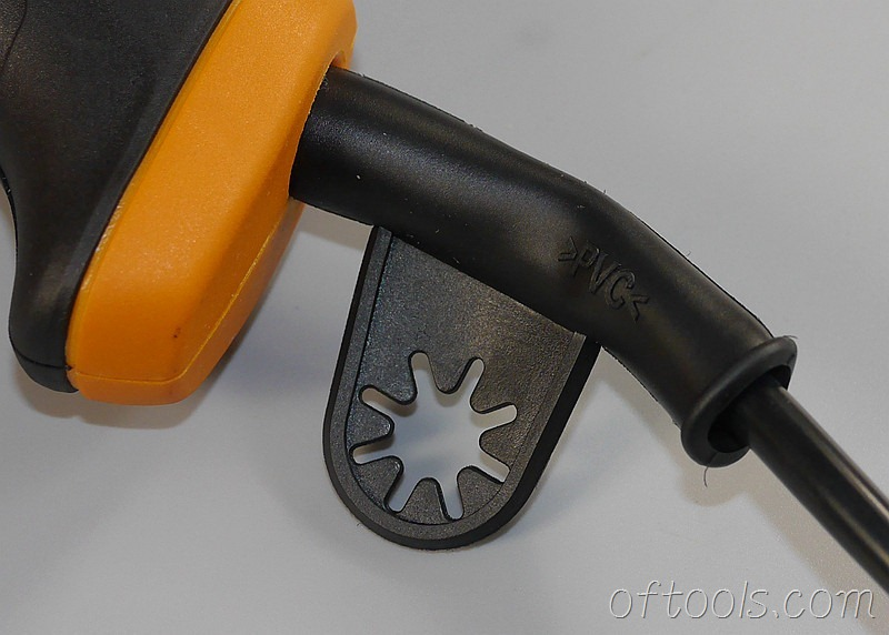 21、电线护套上的扳手收纳圈