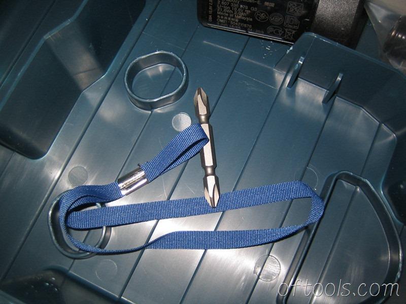 8、博世GDR10.8 附送的批头和手绳