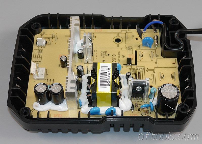 10、大有5401锂电锤充电器5340的电路板
