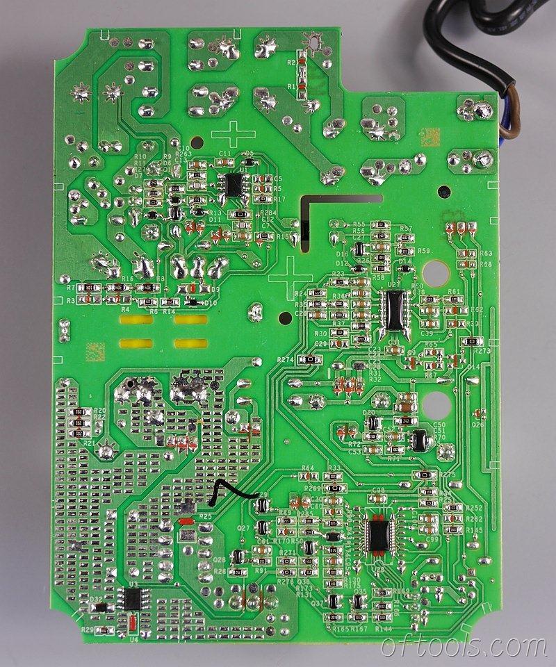 15、大有5401锂电锤充电器5340的电路板反面