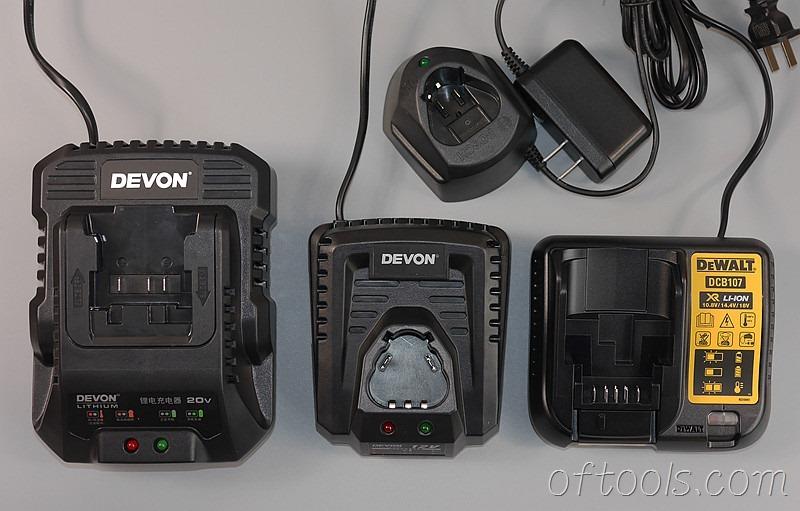 22、20v充电器和12v充电器对比
