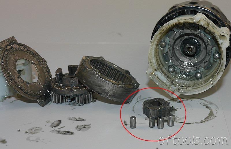 54、用于实现主轴自锁的中心方盘和4颗滚柱