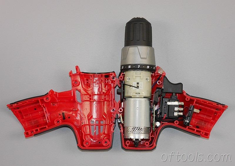 4、大有(devon)5262 12V锂电钻卸掉螺钉后直接可以打开