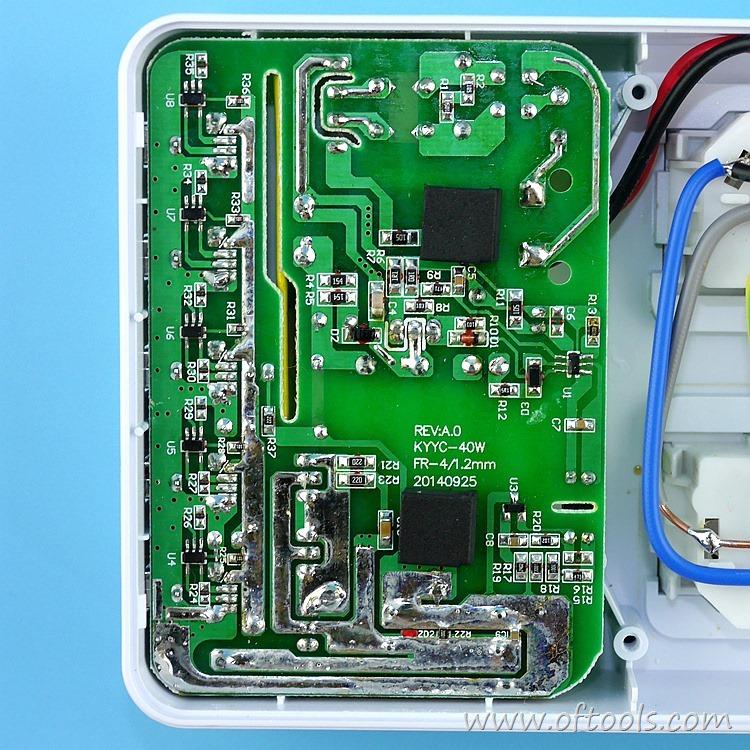 17、ORICO HPC-4A5U 智能插座的40W USB输出电路
