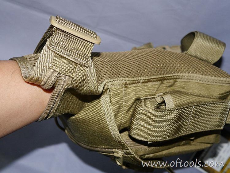12、马盖先Maxgear机动腰包 0401腿包 很深的贴身口袋