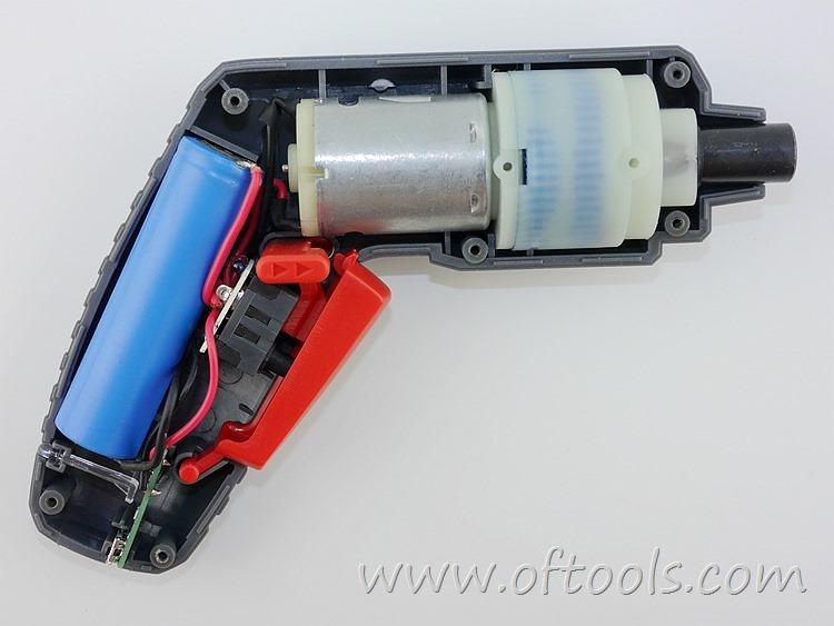 17、尼奥动力(neopower)ML-CS45B 3.6V锂电螺丝刀 内部结构特写