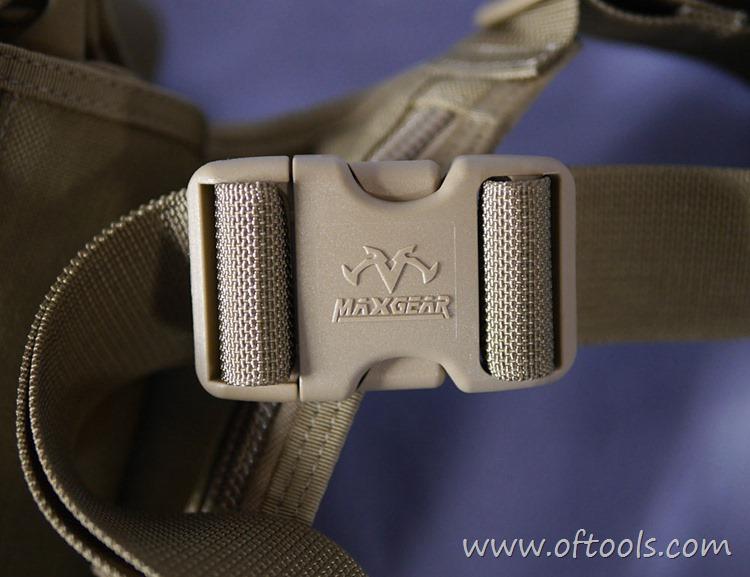 9、马盖先Maxgear机动腰包 0401腿包 多耐福插扣