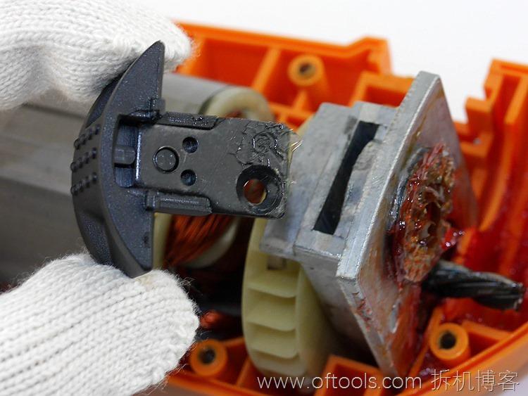 30、WORX WX316.2冲击钻的模式切换开关
