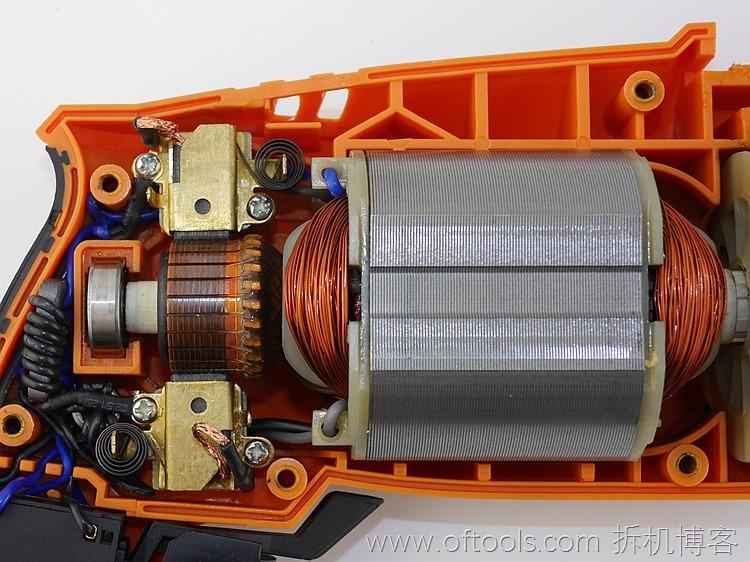 33、WORX WX316.2冲击钻的动力部分特写2