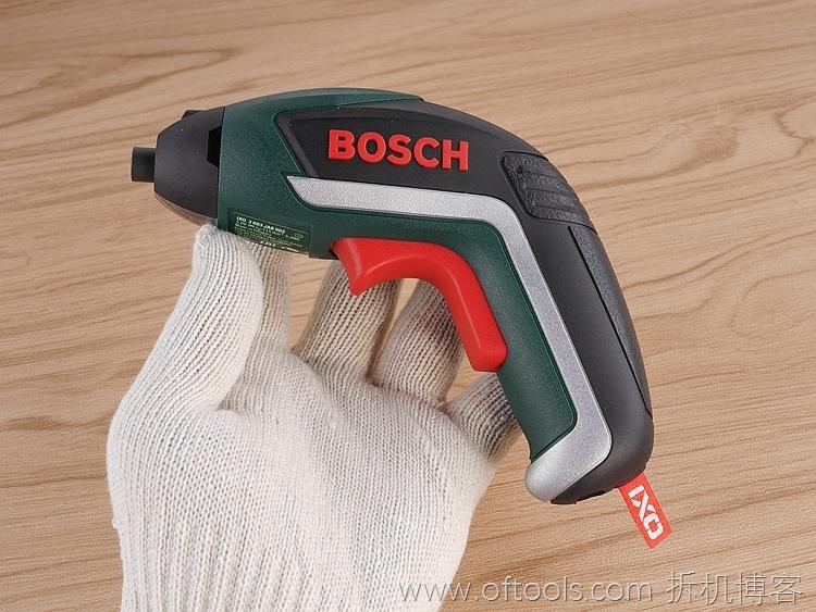 9、博世bosch IXO锂电起子铁盒装上手小巧